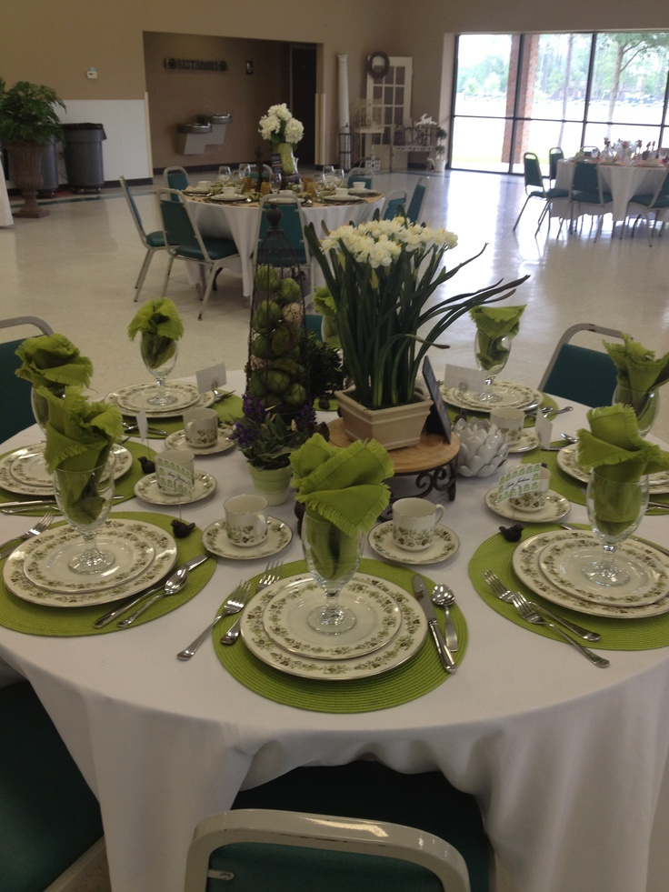 Pin by sheila your tea party guide on tablescapes pinterest for Party table setting