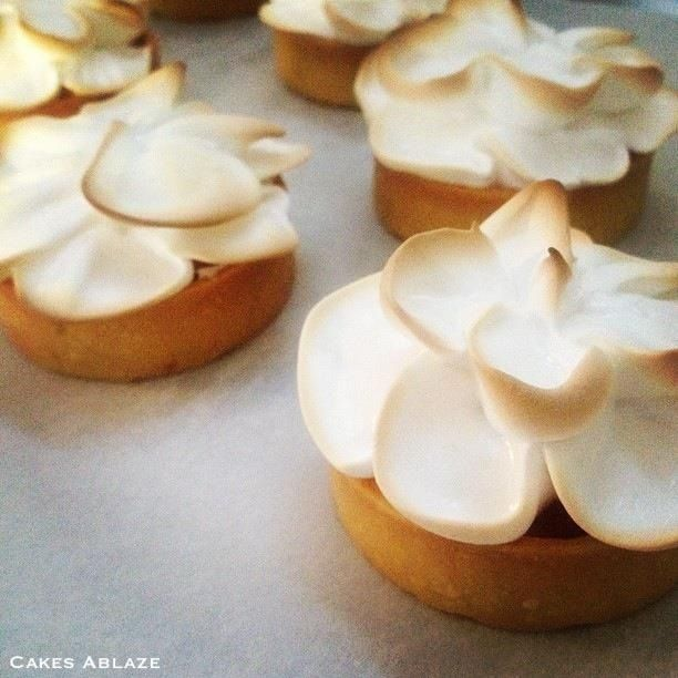 Mini Lemon Meringue Tarts | Food - Sweet | Pinterest