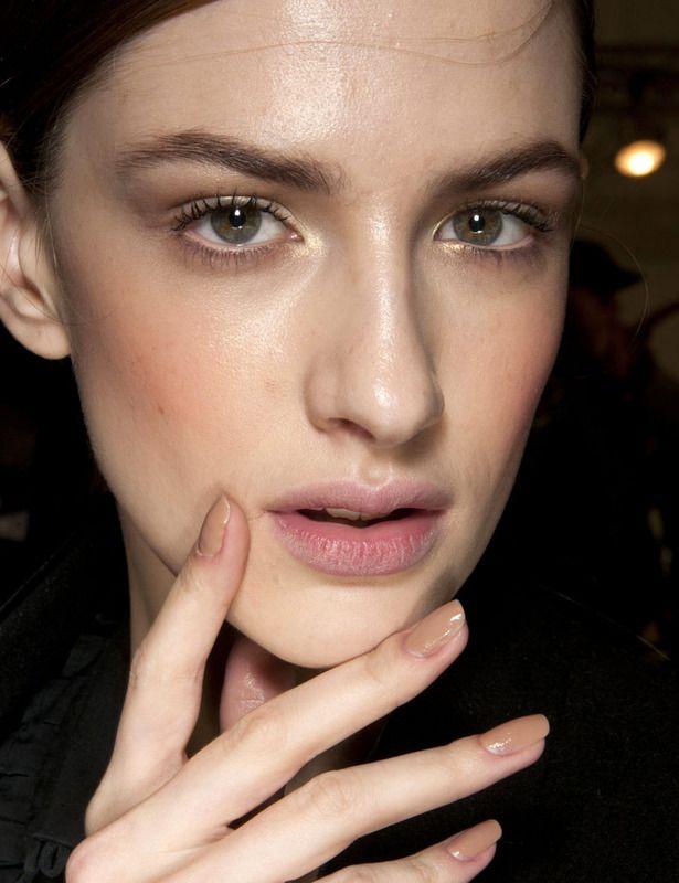 Dior nude nails