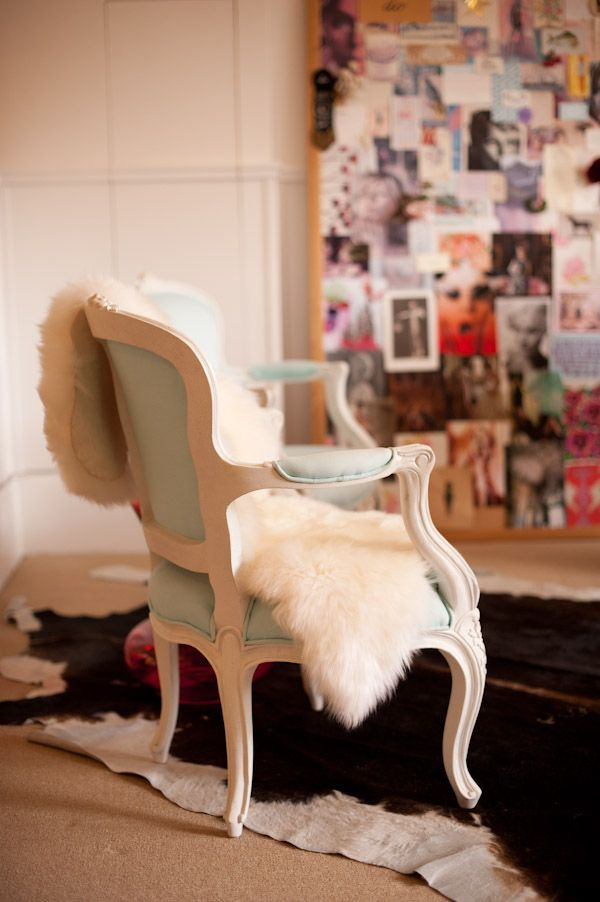 gorgeous chair + sheepskin.