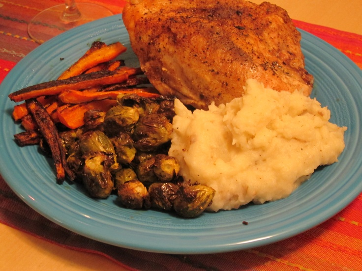 Spice roasted chicken breast with garlic mashed potatoes (made with ...