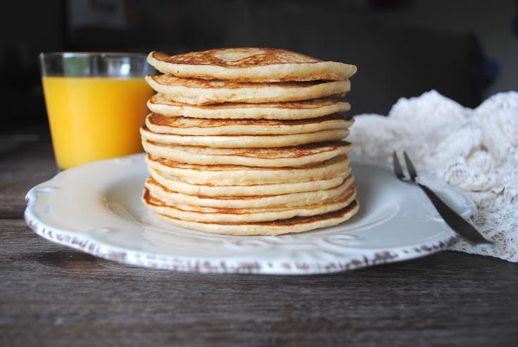 Whole meal banana buttermilk pancakes | Breakfast pancakes | Pinterest