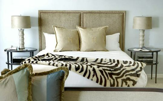 RAWR: 35 Exmaples of Animal Print Rooms    This photo: Zebra Bedroom.