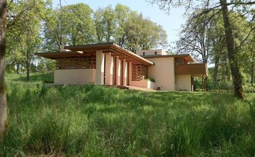 Pin By The Craftsman Bungalow Com On Frank Lloyd Wright