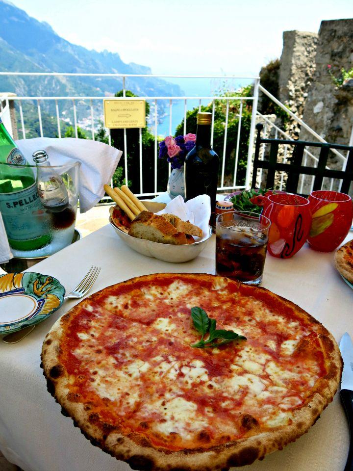 Amalfi coast pizza epicurious pinterest for Amalfi coast cuisine