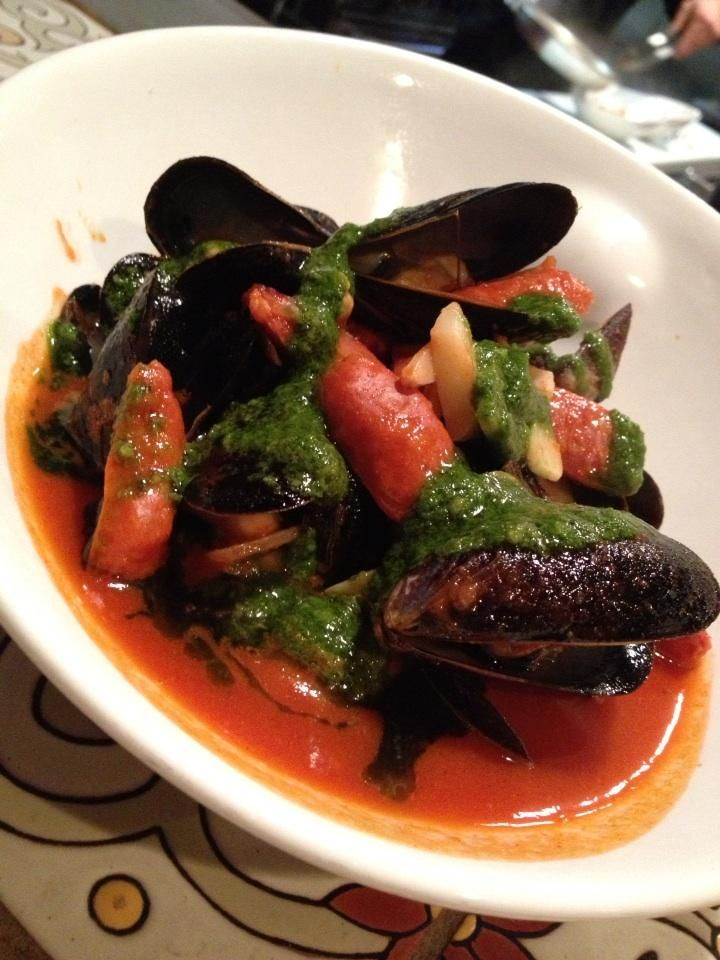 chorizo and tomato broth mussels with chorizo and tomato broth mussels ...