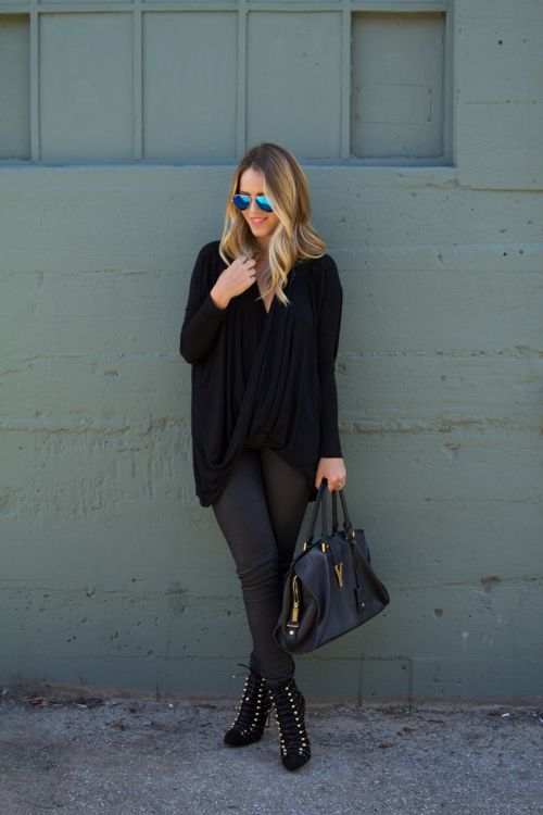 what-id-wear:  What I'd Wear: The Outfit Database (source: Gal Meets Glam )