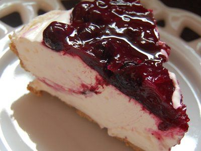 ... Blueberry Cream Cheese Pie - Made with fresh blueberries and no-bake
