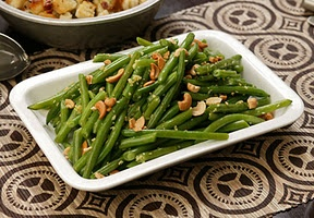Green Beans with Ginger and Cashews | Recipe