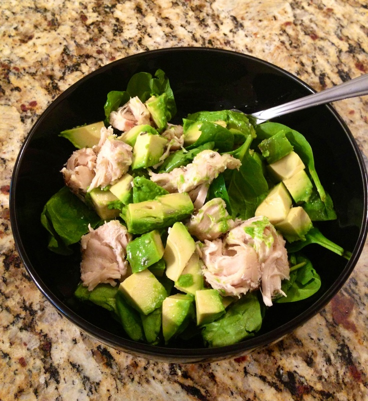 ... , spinach and avocado salad with feta cheese and garlic dressing