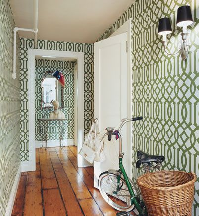 Imperial Trellis seems to be everywhere now but I am always drawn to it, especially in the grass green color that I first saw it so many years ago. Chloe Sevigny's New York apartment.