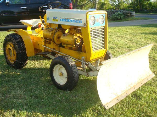Collector Cub Cadet Tractors : Cub cadet tractors oldies pinterest