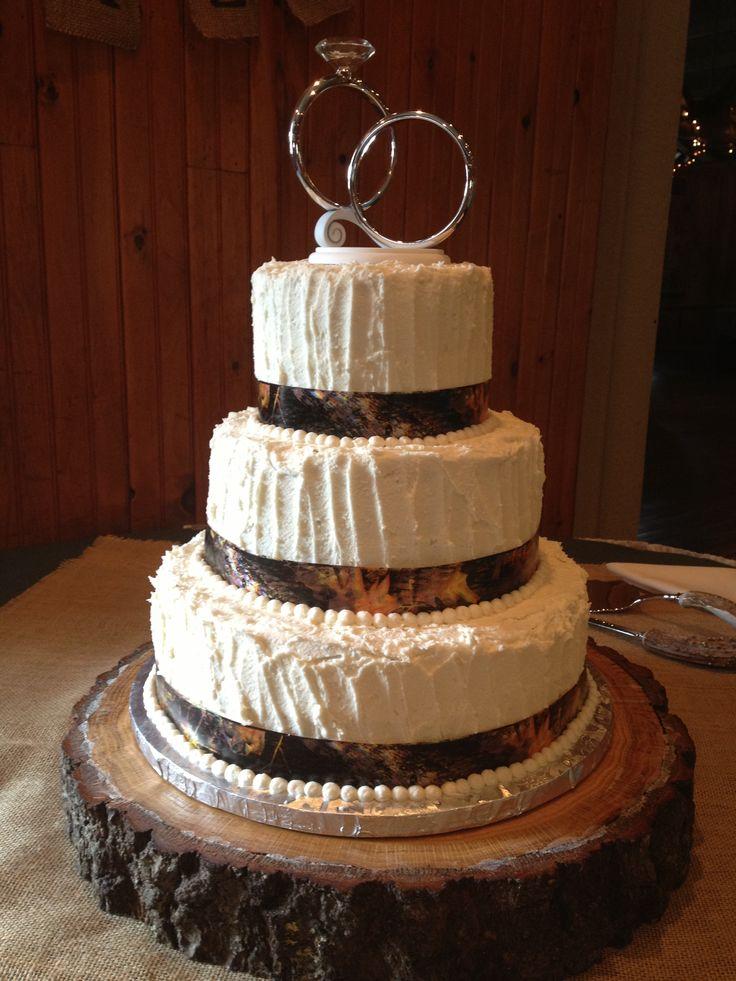Stump Wedding Cake Stand