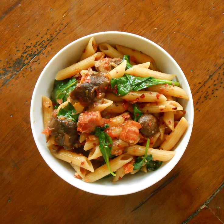 Bake and Baste: Penne with Fiery Tomato Sauce, Bacon, and Mushrooms