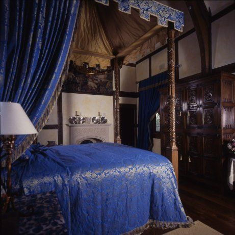 magnificent late medieval master bedroom pinning the