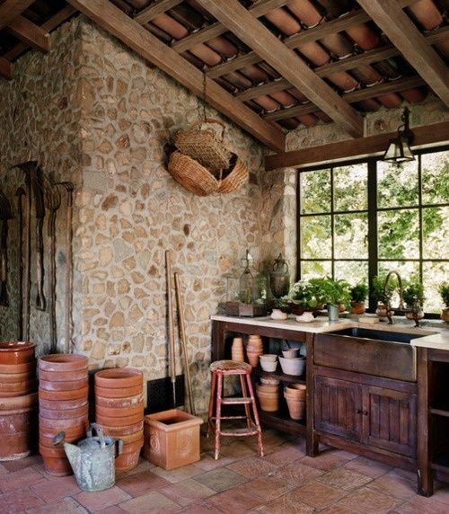 Potting shed interior garden garage garage ideas for Garden sheds interior designs
