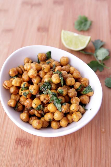 Roasted Chickpeas | Food: Snicky Snacks | Pinterest