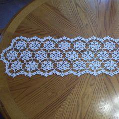 CROCHET TABLE RUNNER SNOWFLAKE ? Only New Crochet Patterns