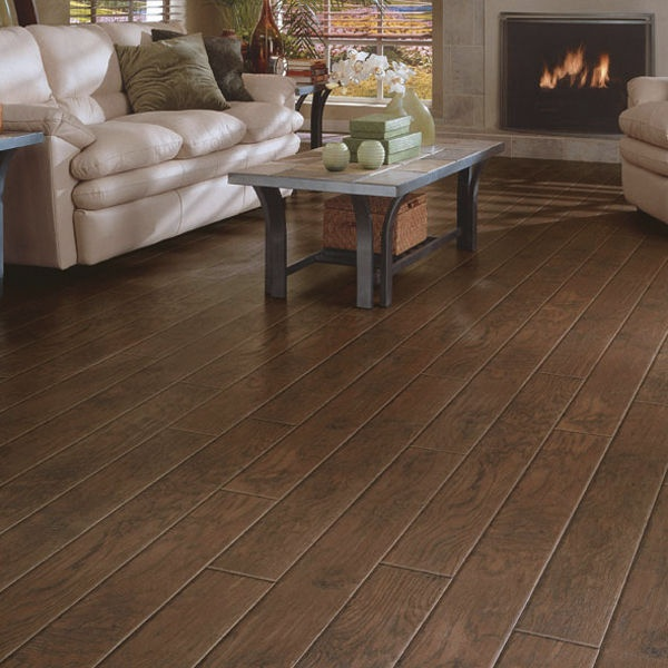 Laminate flooring wood real touch henna hickory dupont for Dupont laminate flooring