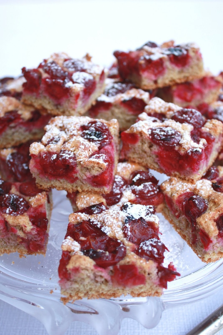 Hungarian water-sponge cake with sour cherry and Graham flour