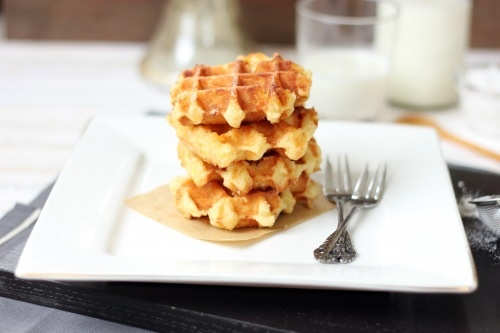 Liege Waffles - crunchy on the outside, buttery and soft on the inside ...