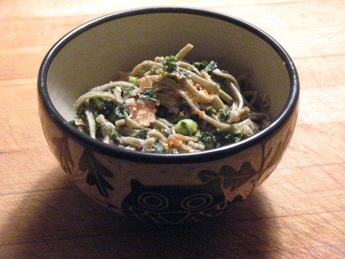 ... Noodles with Tea Smoked Salmon, Edamame, Kale and Lemon Sesame Aioli