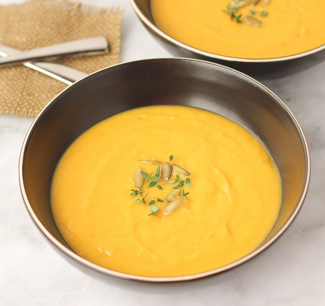 Butternut Squash Leek Soup! Velvety and creamy with no added cream. A ...