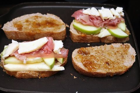 Brie grilled cheese with fig spread, green apple and prosciutto. This ...