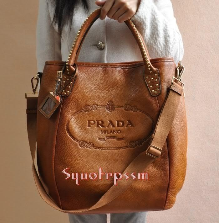 prada brown leather bag bags and bling pinterest. Black Bedroom Furniture Sets. Home Design Ideas