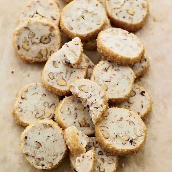 Pecan Shortbread Cookies // More Cookie Recipes: http://www ...
