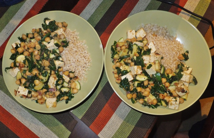 Vegan lemony chickpea and kale stir-fry with brown rice.
