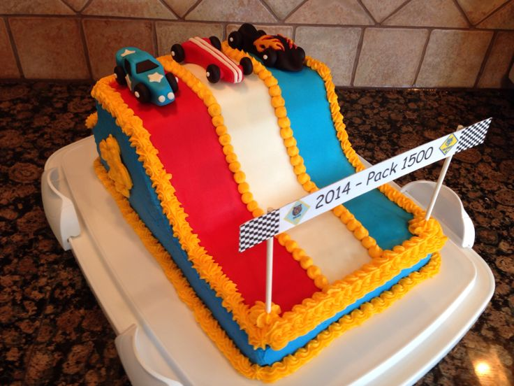 pinewood derby cakes