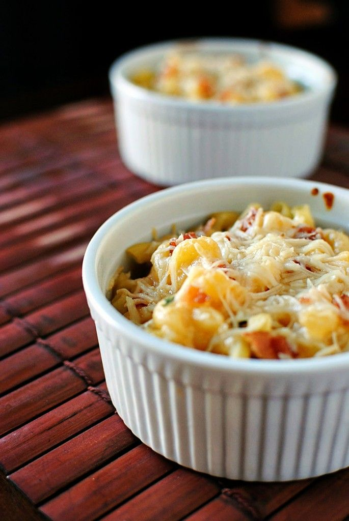mac and cheese so yummy. use carrot & squash pasta for some hidden ...