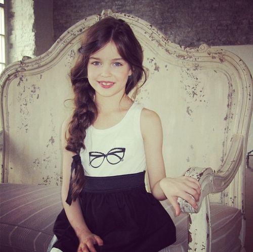 Alisa Bragina | Pretty little model and moms | Pinterest