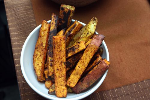 Oven baked Sweet potato fries - Keepin me out of McDonalds