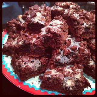 ... Wednesday – Gooey Cookies and Cream Double Chocolate Cake Bars