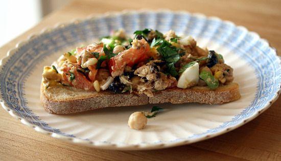 tuna tartine - dinner tomorrow with leftover tuna steaks