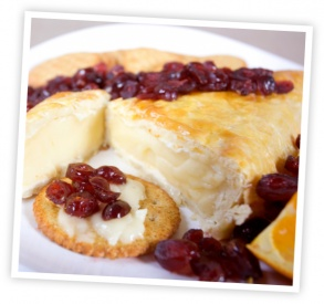 Raspberry Brie en Croute | Cheese (Cheese Balls, grilled cheese, etc ...
