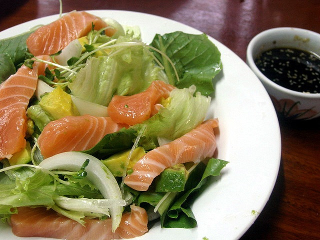 Sashimi salad with avocado | Things I love to eat and drink | Pintere ...