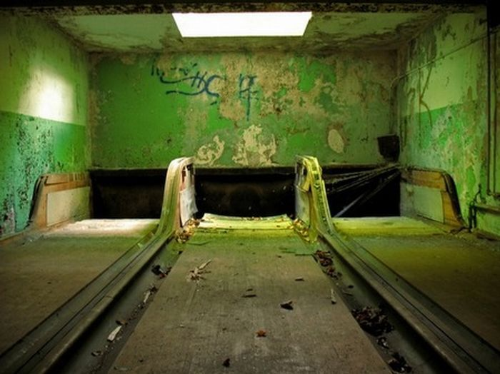 Bowling Alley Construction : Abandoned building bowling alley pinterest