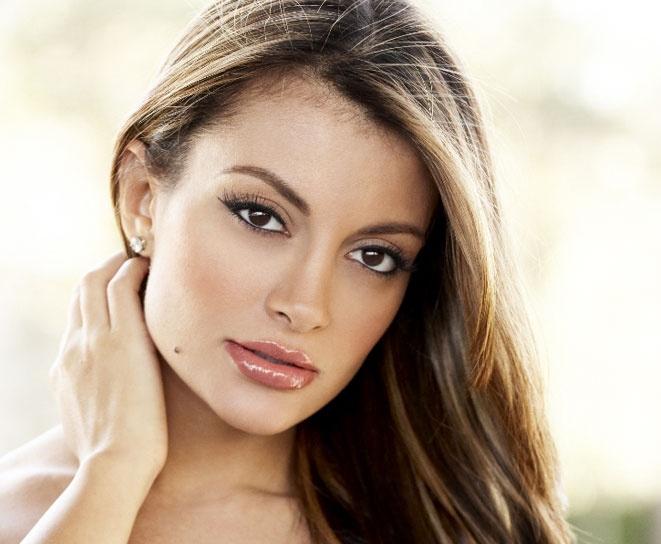 Layla rose latina busty