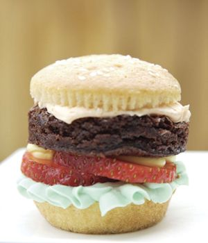 Got a kid with a summer birthday? Throw a BBQ and make this sweet burger!