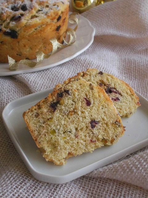 ... panettone bread pudding and or panettone cranberry pistachio panettone