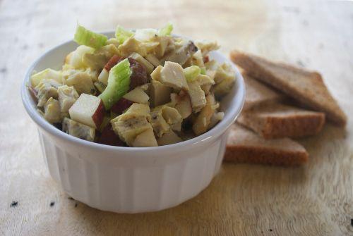 Curried Turkey Salad http://www.littlebitesrecipes.com/2013/06/10 ...