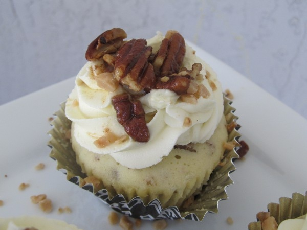 ... topped with toasted butter pecans, toffee bits and butter pecan sauce