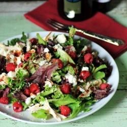 Raspberry, Chicken, Feta and Hemp Salad   Deliciousness....   Pintere ...
