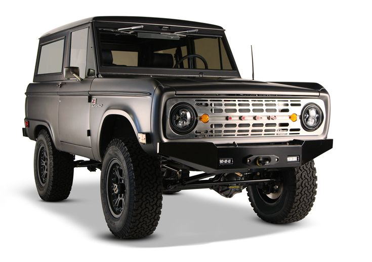 icon 4x4 bronco drive out of the road