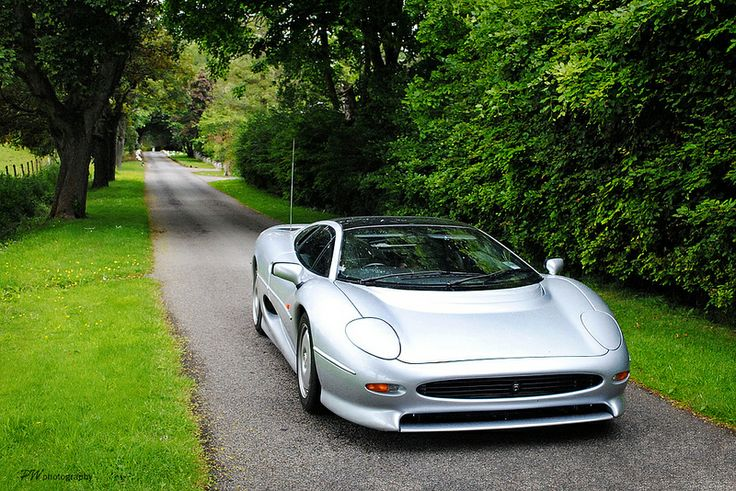 voiture occasion jaguar xj 220 jones. Black Bedroom Furniture Sets. Home Design Ideas