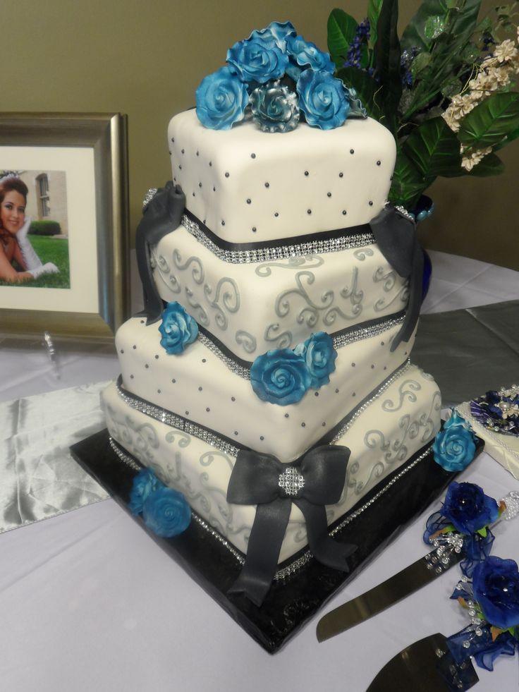 Black and White Wedding Cake   C'est La Vie Wedding Cakes   Pinterest