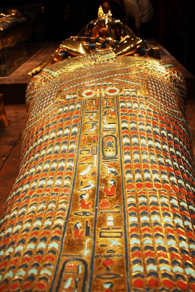 king tut sarcophagus arts amp antiques all sorts pinterest